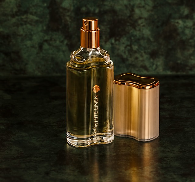 メンズにおすすめ:香水のつけ方